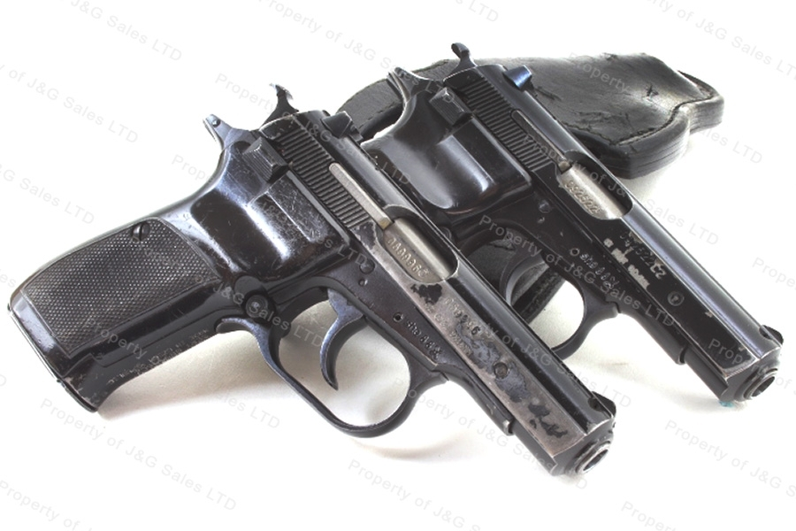 product_thumb.php?img=images/102911-cz82czechsemiautopistol9x18black12rdmaggoodconditionused.JPG&w=240&h=160