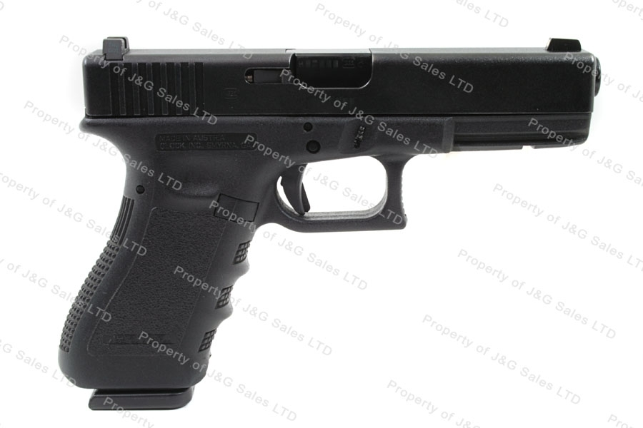 Glock 22 40S&W Gen 3 Semi Auto Pistol, with Night Sights, LE package with 3 mags, Like New.