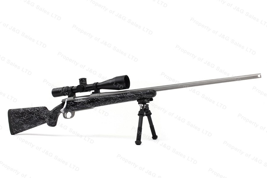 Gunwerks LR-1000 Bolt Action Rifle, 7mm LRM, with Nightforce Scope, Like New.